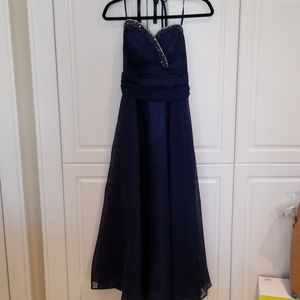 Dresses & Skirts - Elegant long gown Prom/Quincenera/Sweet16